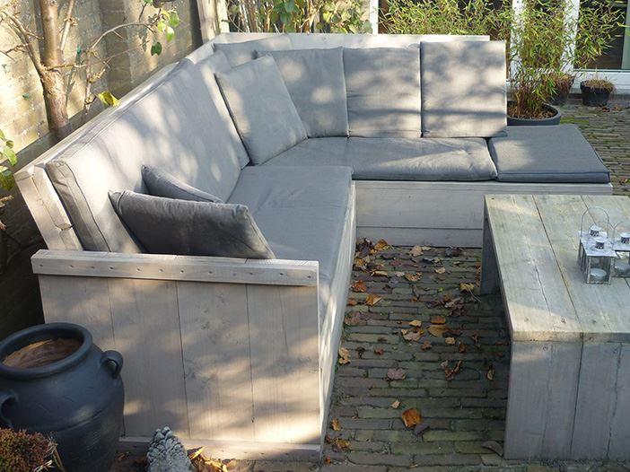 Hoekbank van greywash steigerhout Sloophoutwebshop nl