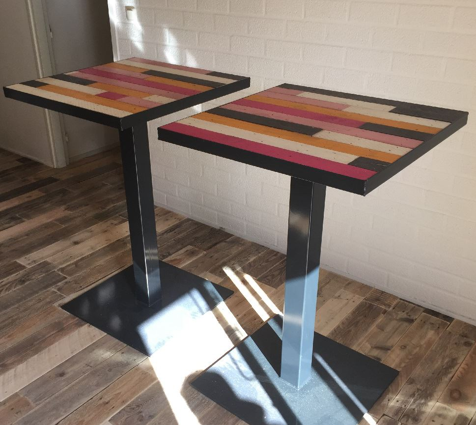 Sta tafel horeca met stalen frame en onderstel for Horeca tafels