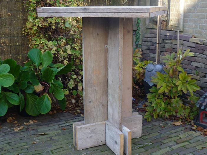 Statafel van steigerhout.