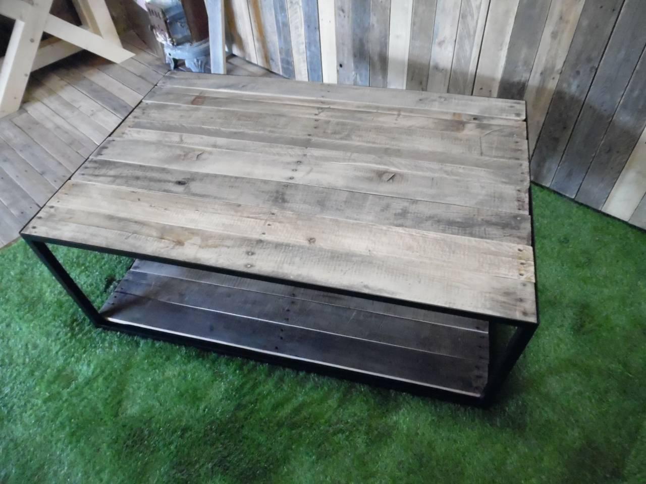 Salontafel Eiken sloophout blad stalen frame